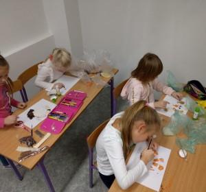 S výtvarnou okolo sveta - 4 | Krúžky v škole