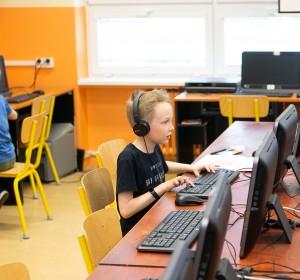 Naprogramuj si robota - 3 | Krúžky v škole